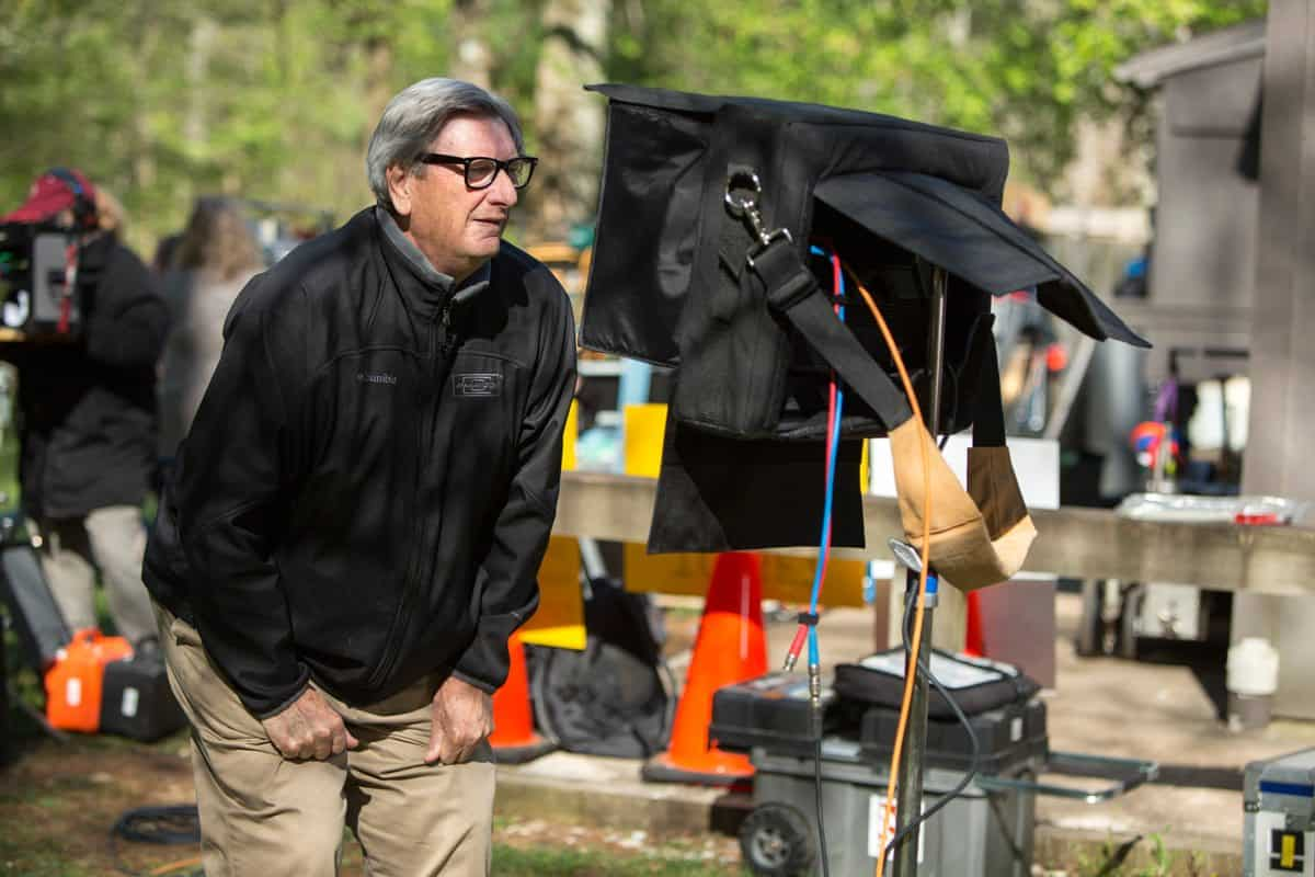 DF-00003 Cinematographer John Bailey reviews a scene on the set of A WALK IN THE WOODS, a Broad Green Pictures release. Credit: Frank Masi, SMPSP / Broad Green Pictures