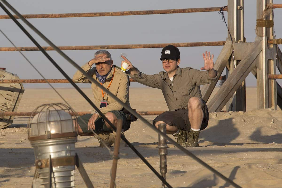 Feel the Force ... Dan Mindel ASC BSC on set with Director JJ Abrams