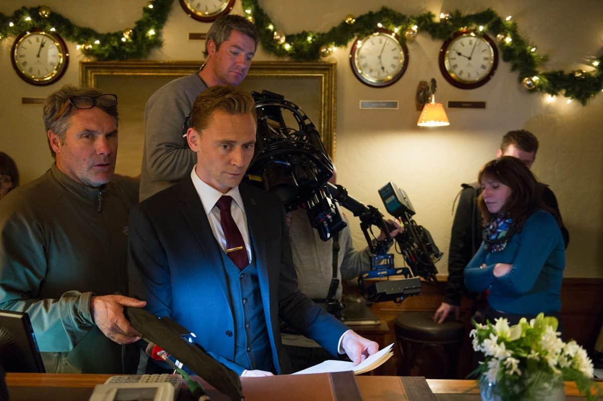 Cinematographer Michael Snyman and Tom Hiddleston as Jonathan Pine
