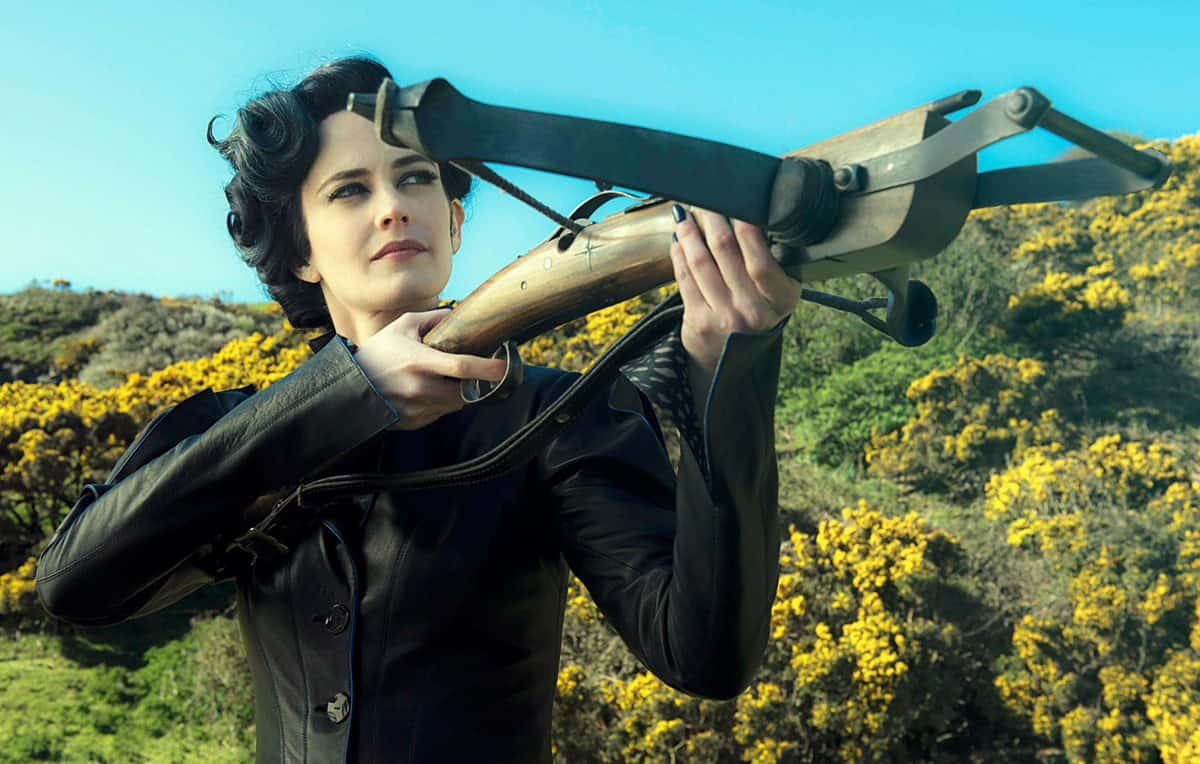Miss Peregrine (Eva Green) takes aim at her powerful enemies.