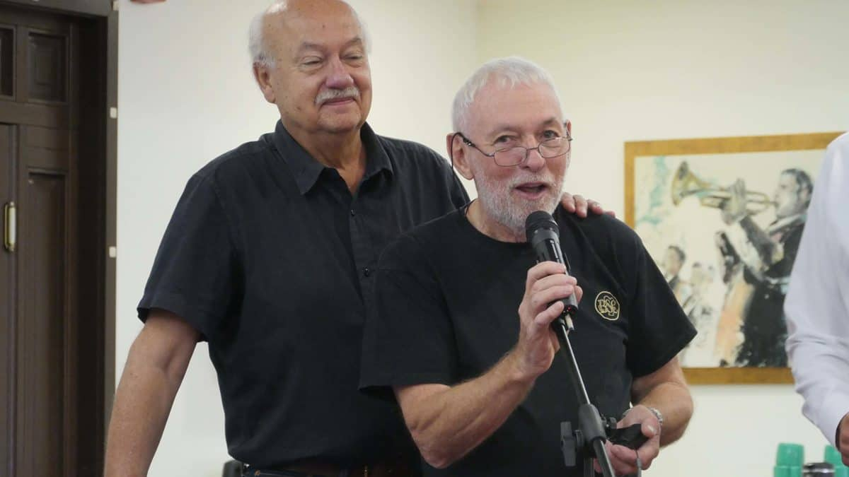I'll be quick… former IMAGO president Nigel Walters BSC takes the mic, with current president Paul René Roestad FNF