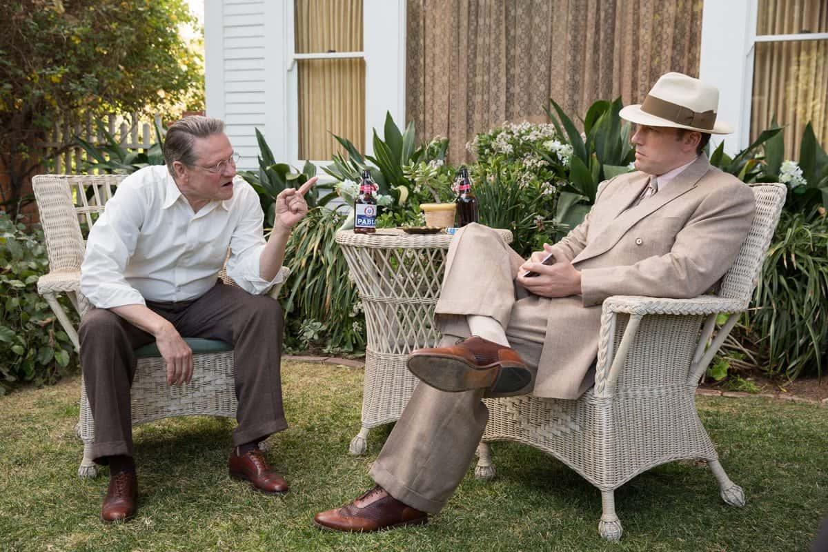 Chris Cooper (as Irving Figgis) alongside Ben Affleck (as Joe Coughlin)