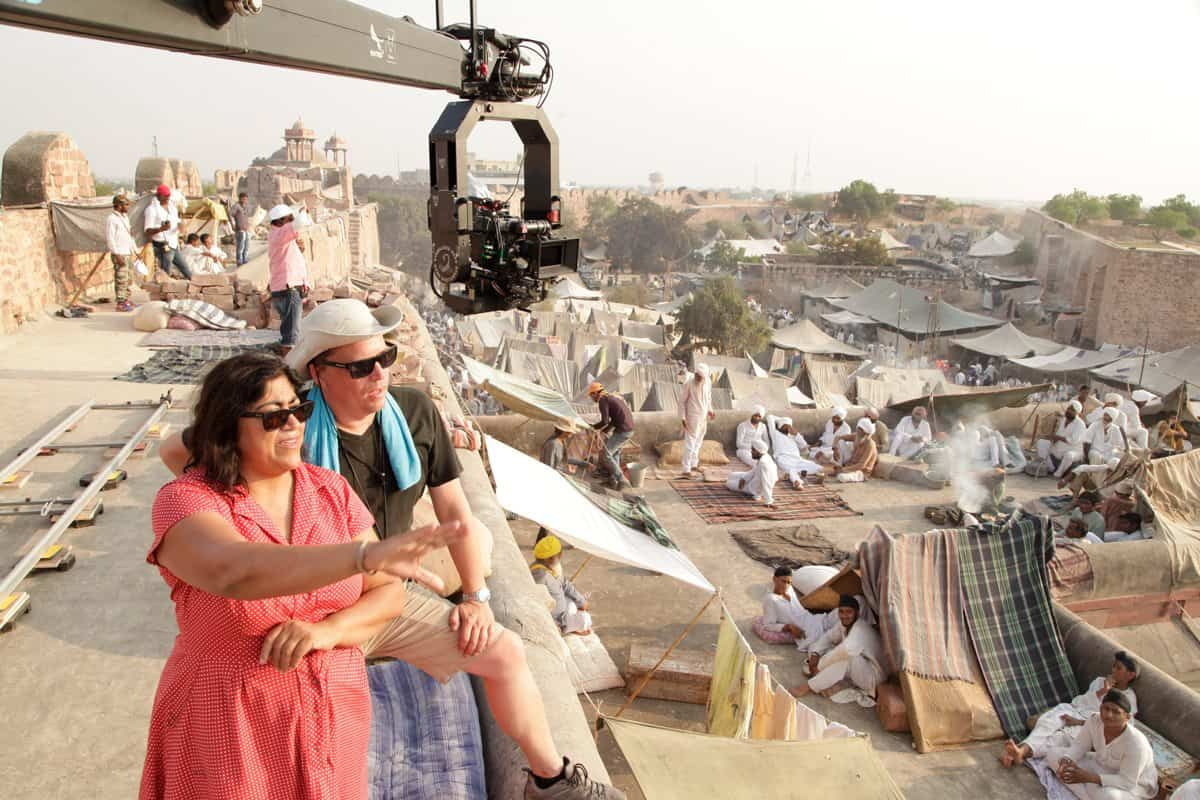 Director Gurinder Chadha and cinematographer Ben Smithard BSC scope out a shot on <em>Viceroy's House</em>. Image courtesy of Pathé UK