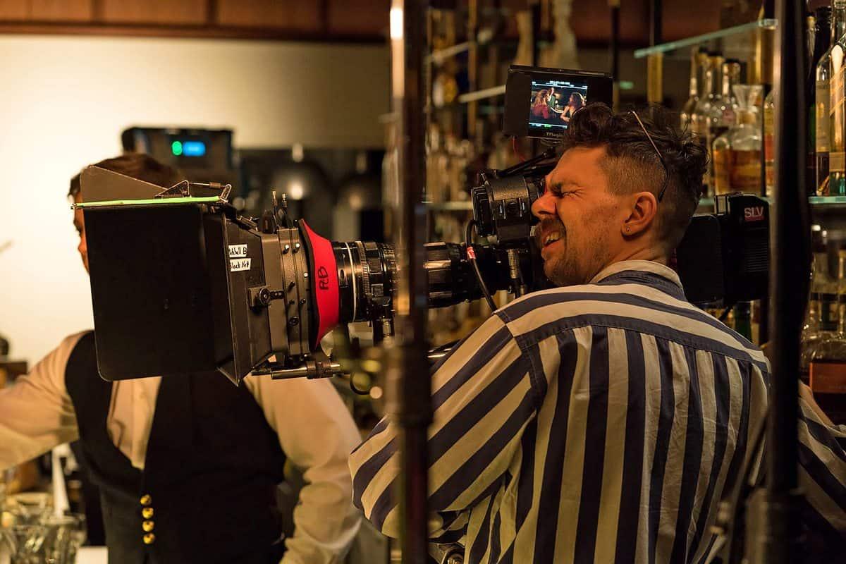 shooting low budget movies - HD1200×800