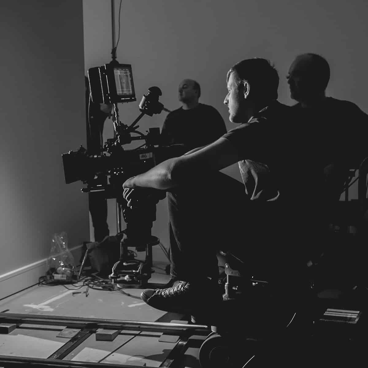 On the dolly, James is joined by focus puller Carl Hudson | TV Commercial