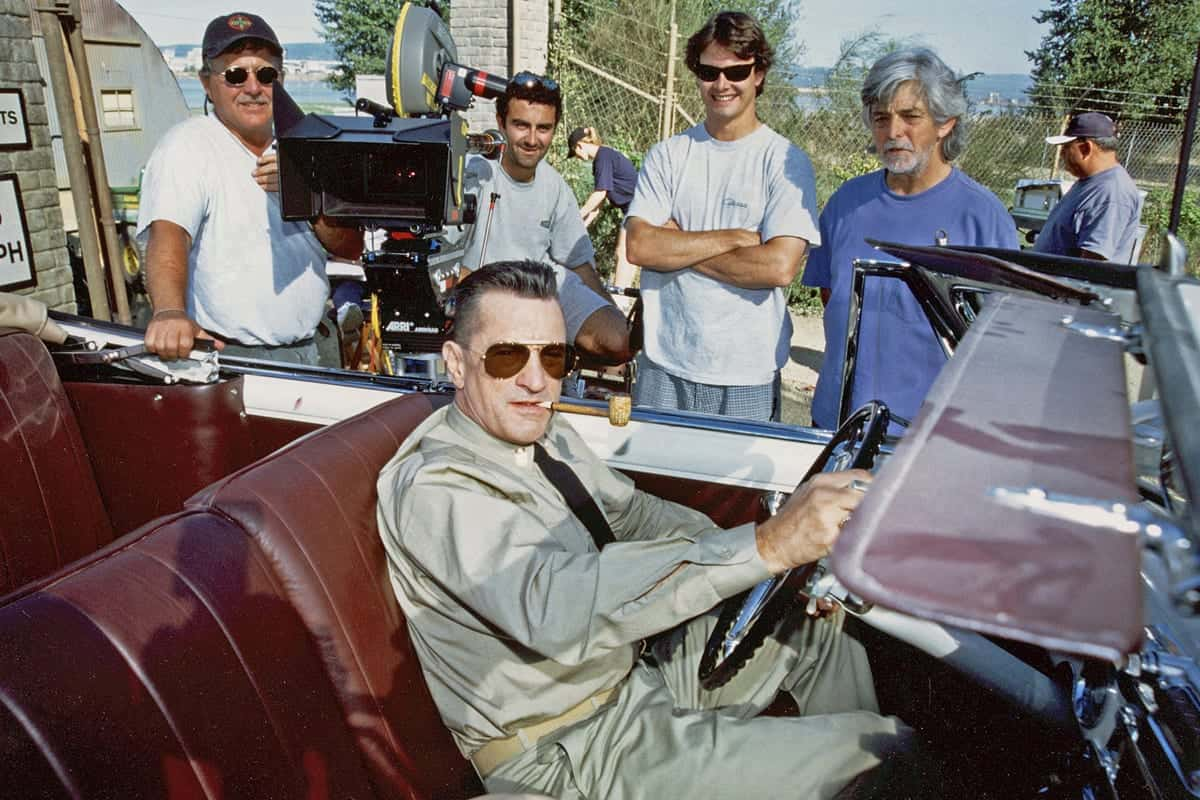 Behind the scenes on <em>Men Of Honor</em> (l-r): Russ Engals, Gaffer; George Richmond, Operator; Chunky Richmond, Focus; Tony Richmond BSC ASC and actor Robert De Niro
