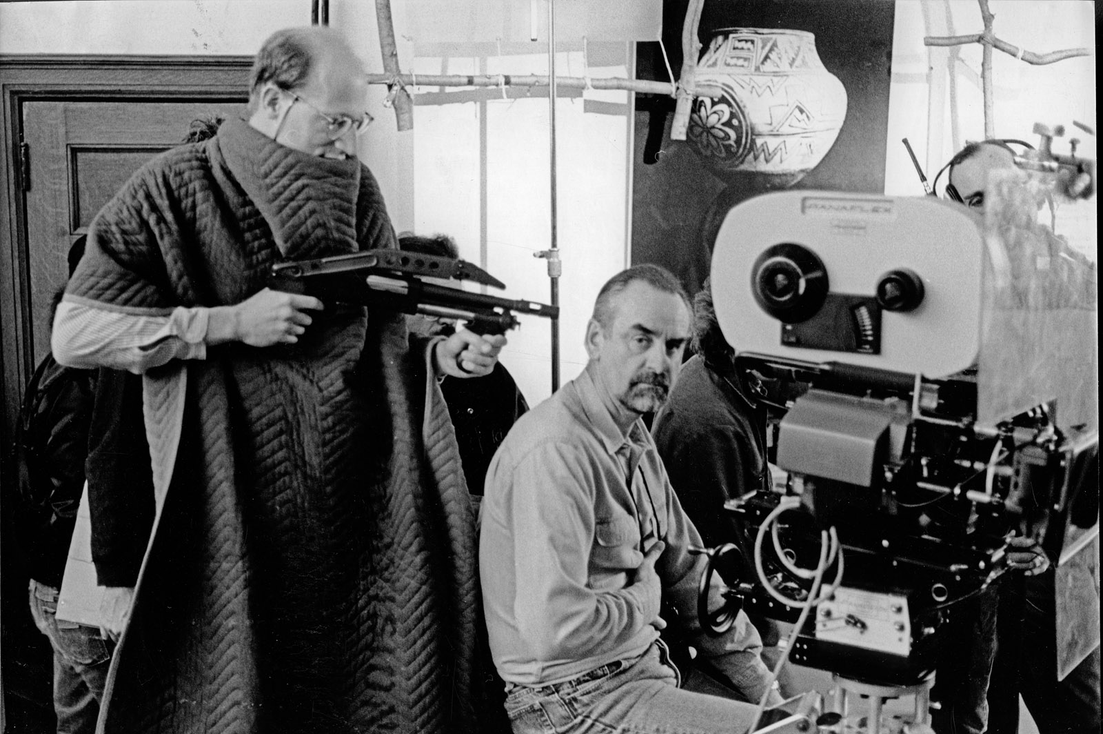 Director Jack Sholder is obviously not happy with DP/Operator Phil Méheux BSC on <em>Renegades</em>, Toronto (1989)