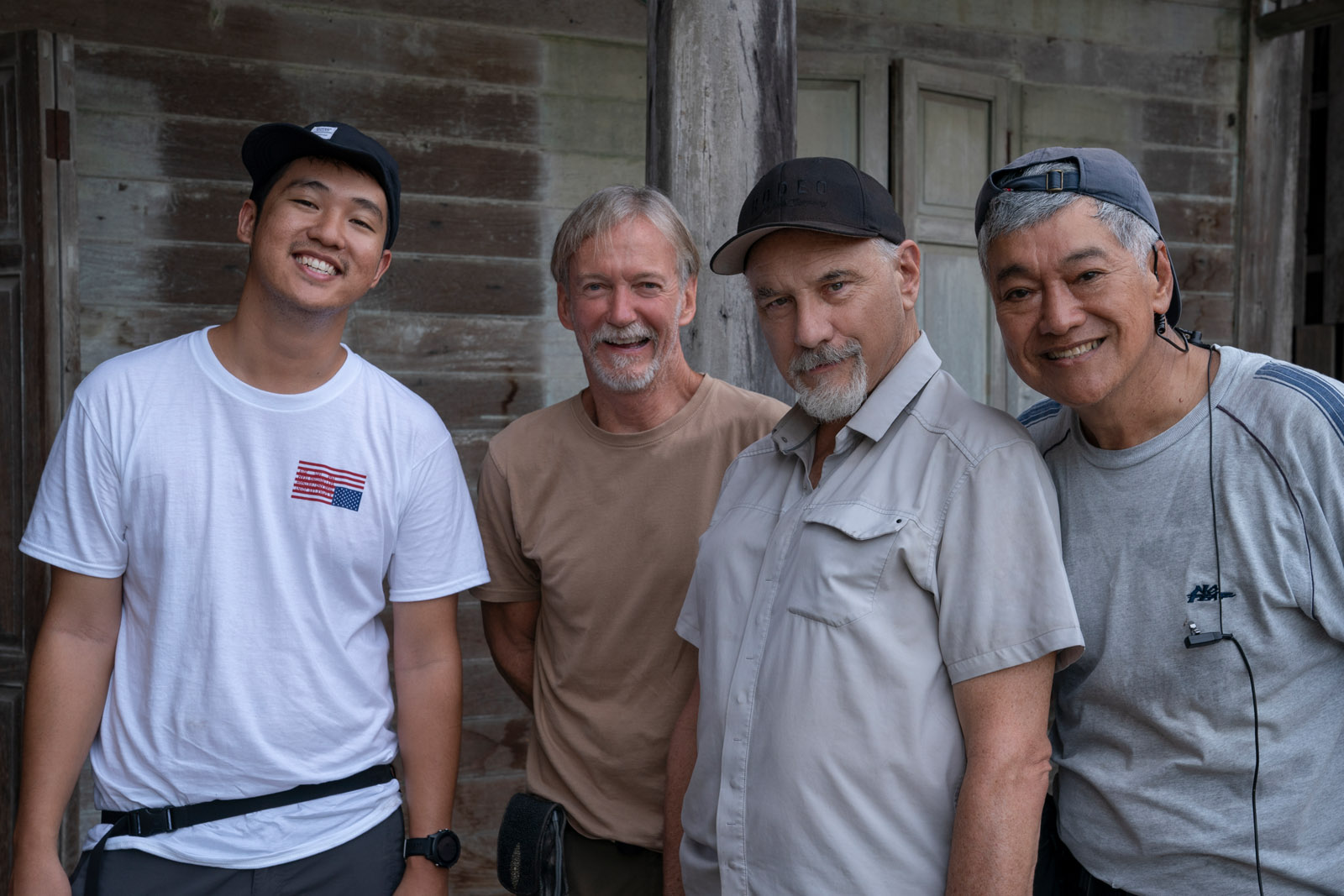 DP Newton Thomas Sigel ASC (2nd right) with his camera crew (Image: David Lee/Netflix)