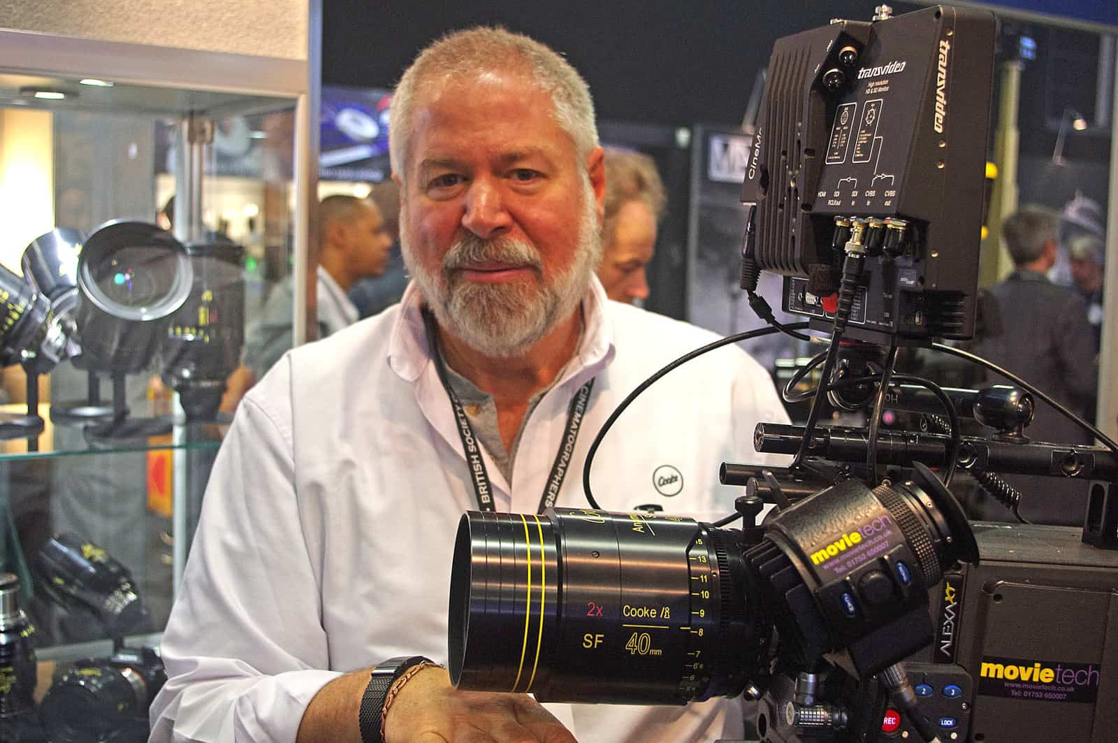 Cooke Optics Chairman Les Zellan with an SF Series Anamorphic Lens