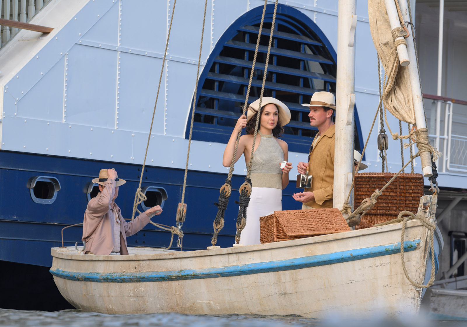 Gal Gadot as Linnet Ridgeway and Armie Hammer as Simon Doyle in 20th Century Studios' DEATH ON THE NILE, a mystery-thriller directed by Kenneth Branagh based on Agatha Christie's 1937 novel. Photo by Rob Youngson. © 2020 Twentieth Century Fox Film Corporation. All Rights Reserved.