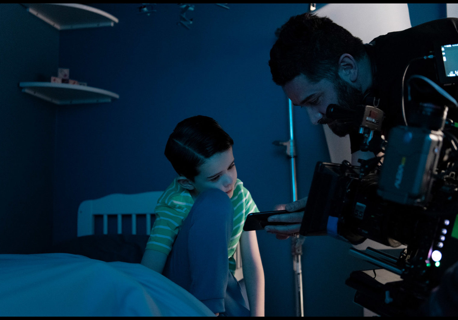 0005 BTS Senan Jennings (Young Boy) and Lorcan Finnegan (Director) House (int) - Martin Maguire