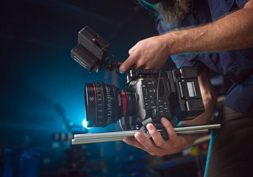 Hero-RESIZE-Wooden-Camera_Canon-C70-Action-Pics-CSLA_021821_142